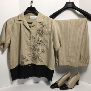 ALFRED DUNNER COLOR CREAM SUIT SZ 16